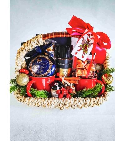 Подарочная корзина для двоих новогодняя n.11